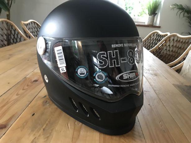 Nowy  kask  motocyklowy