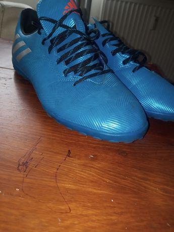 Buty sportowe Adidas stan perfekcyjny rozmiar 44 i 2/3 wkładka 27.5cm