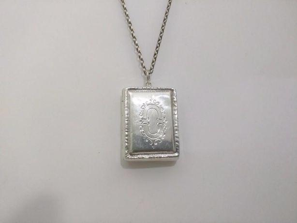 Старинный медальон, Англия, серебро.