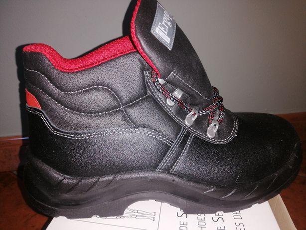 Botas / Sapatos de trabalho
