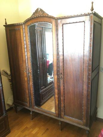Mobilia quarto armario comoda mesas cabeceira espelho antigo vintage