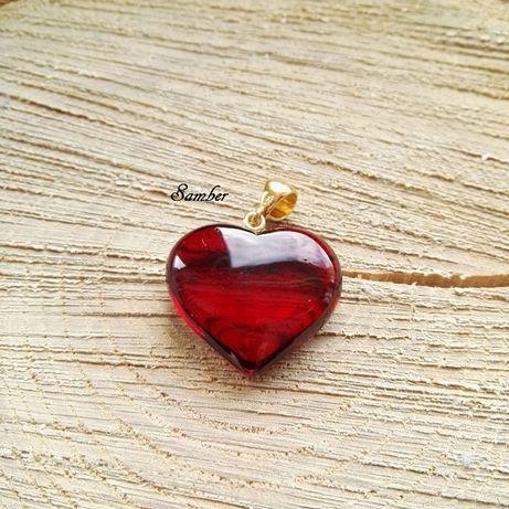 Serce z bursztynu, czerwone walentynki