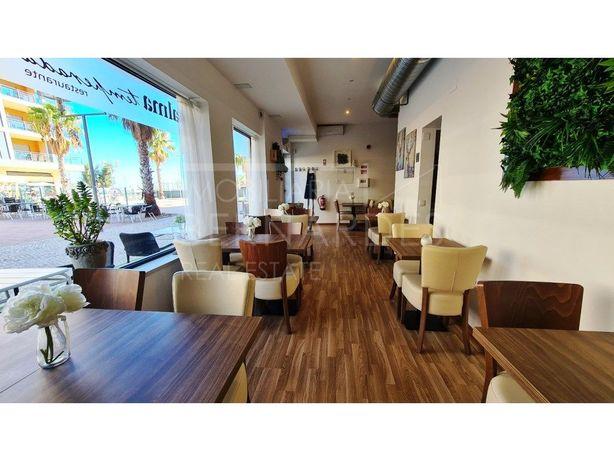 Restaurante na Marina de Olhão