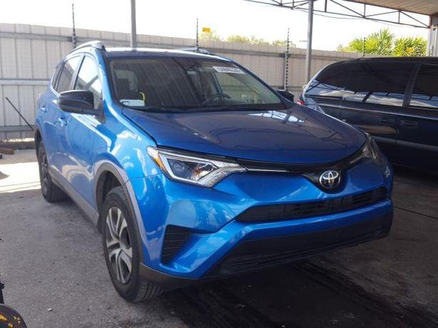 Toyota RAV4 LE 2018 из США!