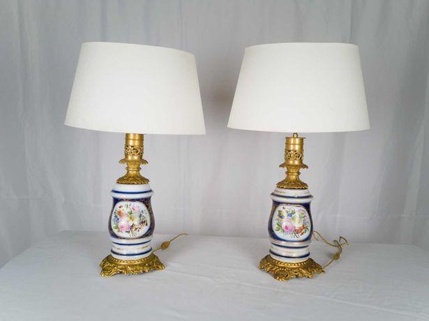 Par de candeeiros dourados de porcelana - século XIX