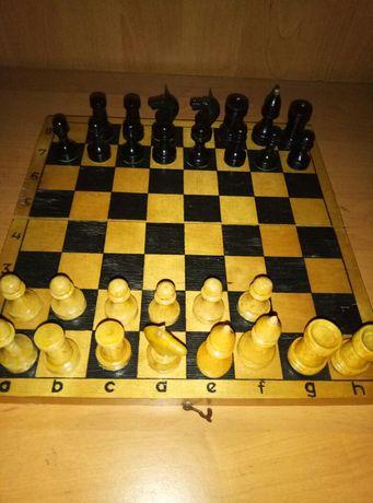 Шахматные фигуры поштучно.Шахматная доска.