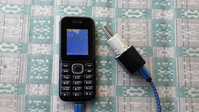 телефон BRAVIS F180