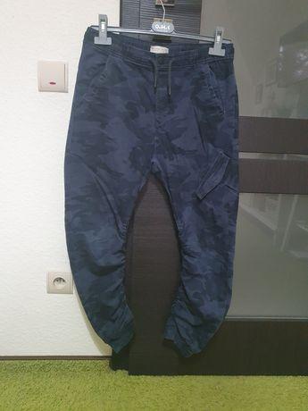 Zara spodnie joggery moro rozmiar 152