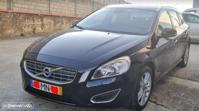 Volvo V60 2.0 D3 Momentum Start/Stop