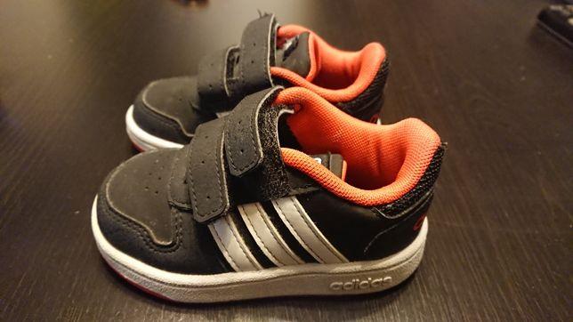 Buty Adidas Hoops 2 dziecięce adidasy rozmiar 20 stan idealny