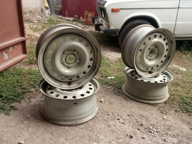 Продам диски на ГАЗ 3110