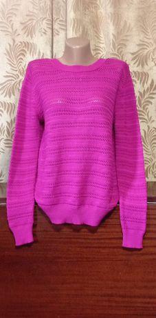 Красивый свитер, кофта в идеальном состоянии!р.48-50