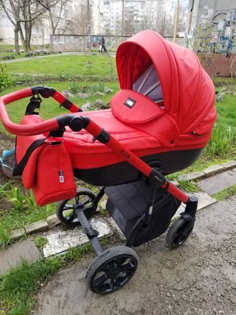 Дитяча універсальна коляска 2 в 1 mioobaby ZOOM Black Edition