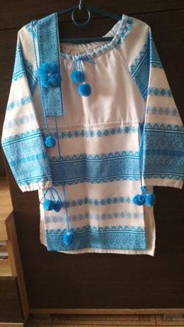 Продам сукню-вишиванку на дівчинку 4-7 років