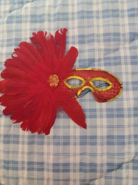Máscara para carnaval (dá para criança e adulto)