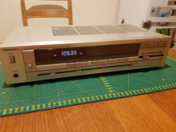 Technics SA-210 - amplituner stereo retro