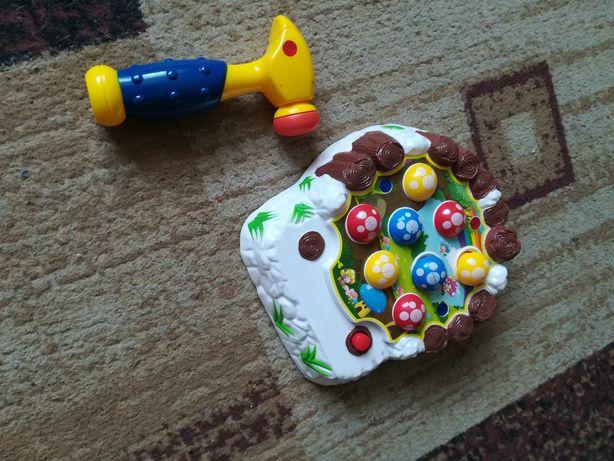 Zabawka wbijanie grzybków