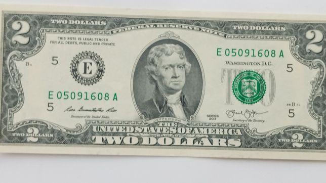 2 ДолариСША