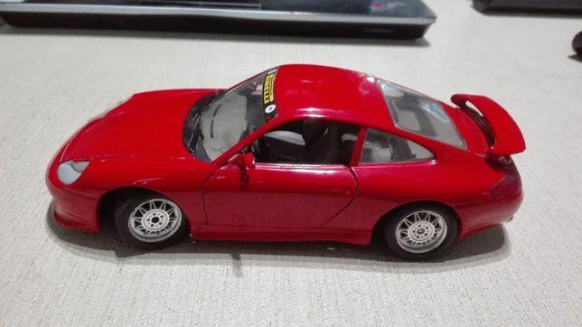 Porsche 911 GT3 Burago skala 1:24