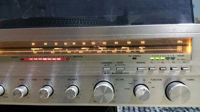 Gira discos rádio e gravador de cassetes marca CROWN SHC-7000 Troco