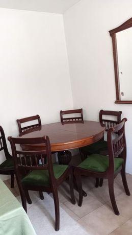Sala de jantar, mesa com 6 cadeiras