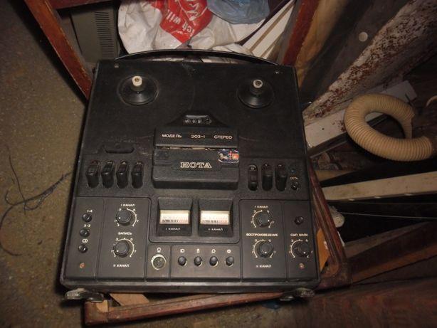 Магнитофон катушечный Нота-203-1