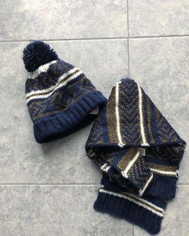 Теплые шапка и шарф