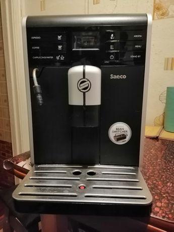 Автоматическая кофемашина Saeco Moltio
