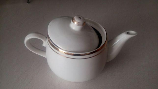 В продаже - Чайник