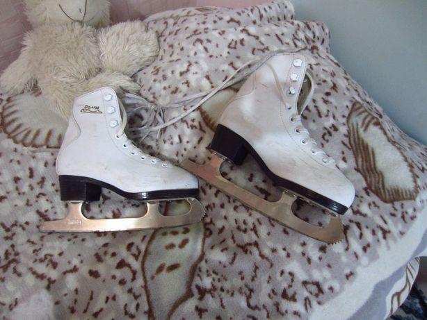 коньки для катания на льду