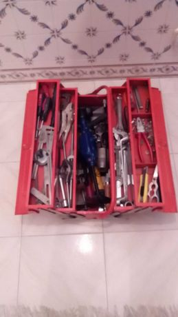 Caixa com ferramentas