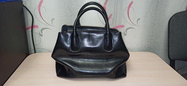 Кожаная сумка черная