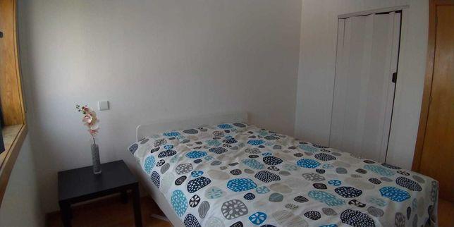 Quarto em Apartamento Novo na Margem Sul - 280 indiv. ou 350 casal.