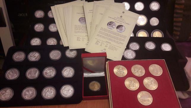 Monety, numizmaty, kolekcja medali papieskich, srebro, złocenia, unika