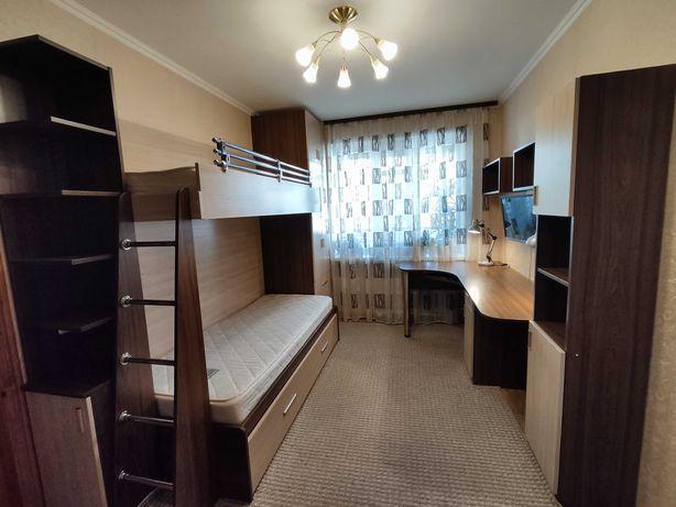 Комплект меблів в дитячу або підліткову кімнату для двох дітей