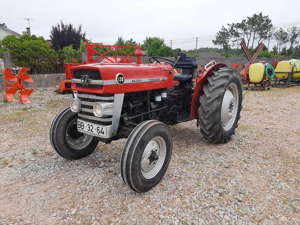 Tractor/Trator Massey Ferguson MF 135