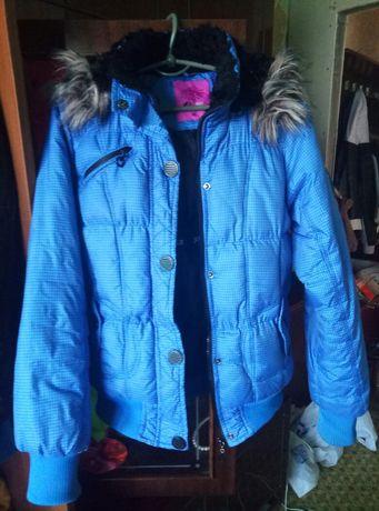 Продам куртки, весна-осень. 42 размер