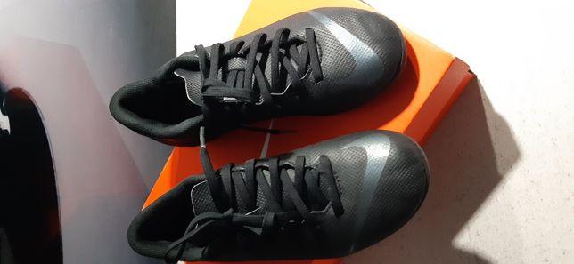 Nike korki 36