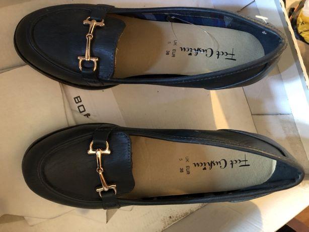 Туфли ,лоферы на каблуке