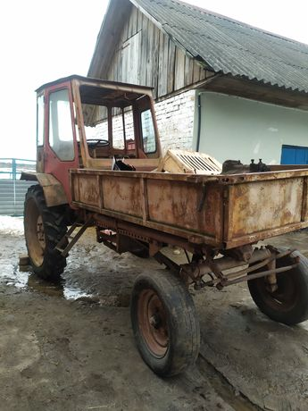 Трактор т16 хтз.