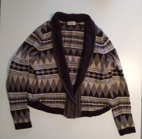 Sweterek w azteckie wzory