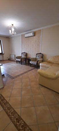 Продается 3-х комнатная квартира в Новостройке, Центр города