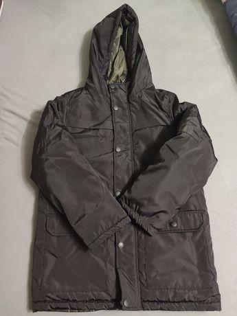Czarna kurtka 140