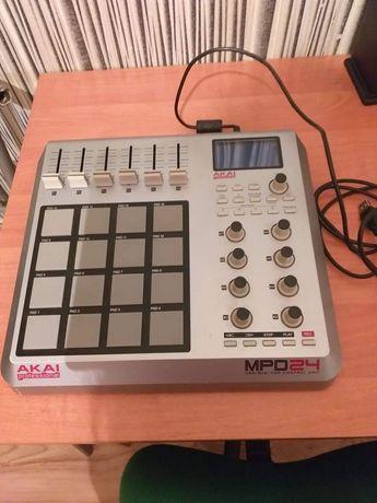 Kontroler Akai MPD24