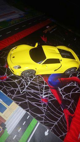 Porsche 918 Spider na pilota