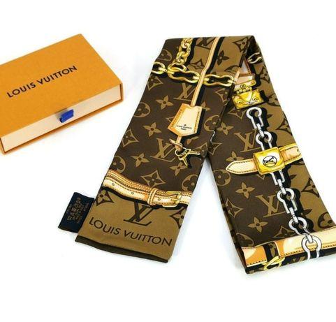"Lenços ""Louis Vuitton"" Com etiqueta."