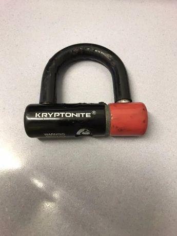 Cadeado bloqueador de disco Kryptonite