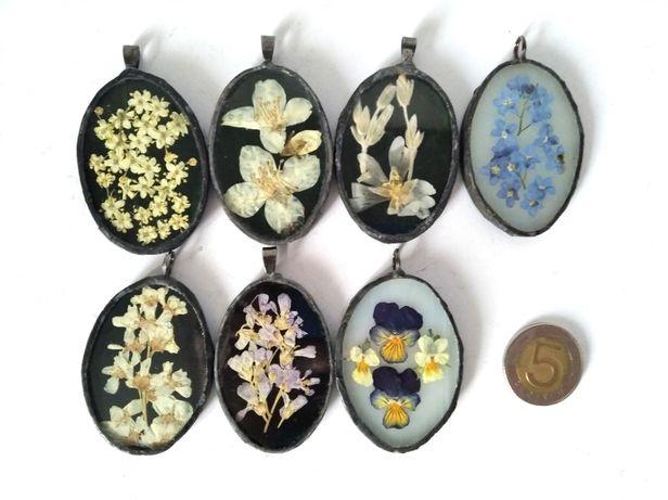 Biżuteria wisiorki medaliony niezapominajki jaśminowiec