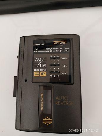Walkman Mitachi com rádio e cassete autoreverse
