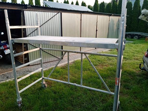 Rusztowanie aluminiowe mobilne na kolkach